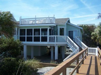 4 BR/3 BA House on Harbor Island, SC - Evolve Vacation Rental Network