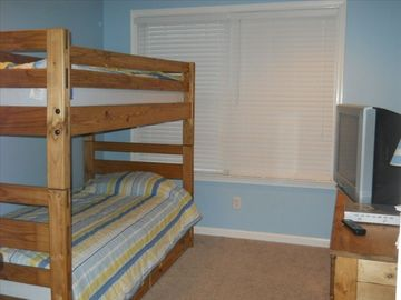 Bedroom 4 with Bunk and Trundle