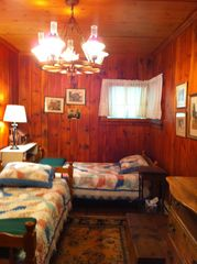 Pilot Knob cottage photo - Main House - back bedroom