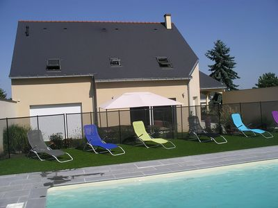 In tourist town, new house in 2013 with swimming pool, 4 bedrooms, 4 showers.