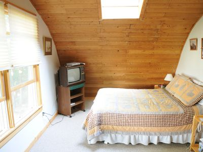 Ellsworth cottage rental - Master Bedroom