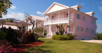 Exterior of Pink Snapper (non waterfront side)