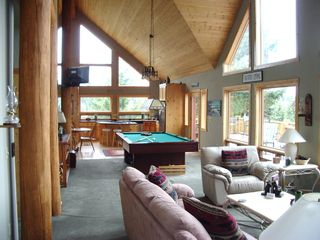 Lake of the Woods cabin photo - Open and airy!