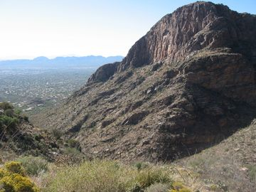 Nearby Pima Canyon for great Hiking!