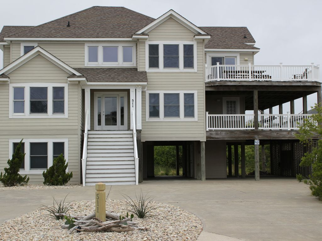 8 bedroom  8 bath home with pool  decks on mid and upper levels and ocean views