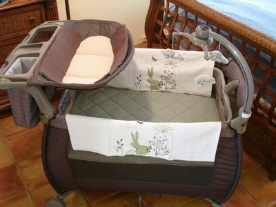 Baby Crib with Changing Table & sheets provided!