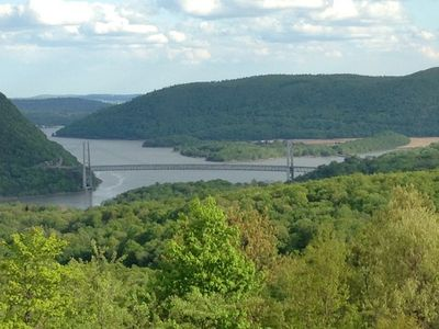Serene Mountain Top Views Overlooking Hudson River And Surrounding Highlands