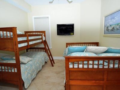 "3rd bedroom 2 bunkbeds-- 1 full size bed 37"" flatscreen with built in dvd player"