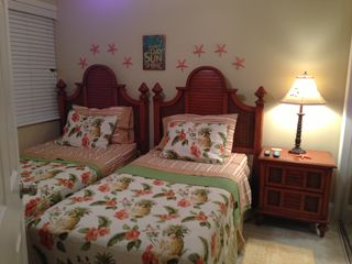 Guest room - Siesta Key condo vacation rental photo