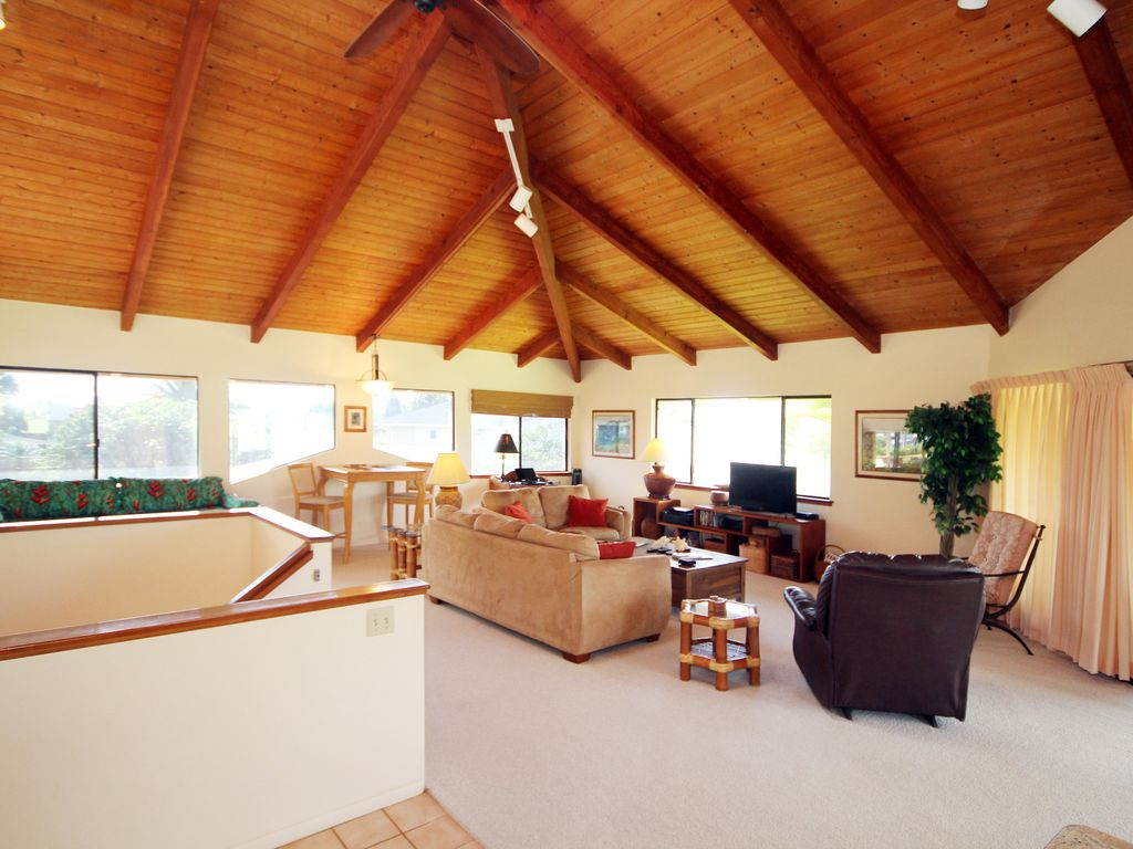 Hale Kipa Living Room - Another View