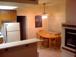 Chandler townhome photo - Eat in kitchen