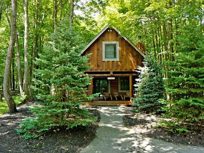 Welcome to the Cozy Deep Creek Lake Cabin 'The Deep Creek'