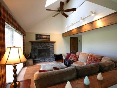 Comfy living room seating, wood burning fireplace, HDTV, fantastic Mountain View