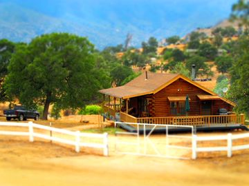 Lake Isabella cabin rental - The cabin in Summer