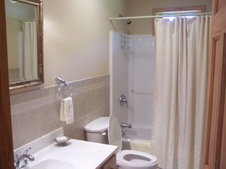 Ellicottville chalet photo - Main level bathroom, tub shower
