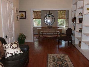 Beaufort cottage rental - Entry Way