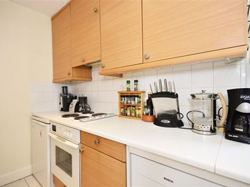 Kitchen has dish washer, cooker and stove, washer dryer and is fully equipped