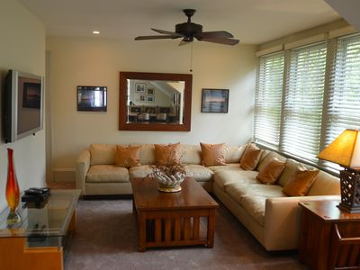Luxurious 1 Bedroom Water View Cottage With Fantastic James Island Location