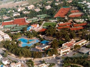 The Tennis Centre and Oasis Pools