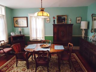 Philadelphia house photo - Dining room