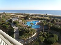 Family Friendly Luxurious Oceanfront Condo, 2 Oceanfront Bedrooms and Balcony