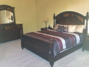Master Bedroom, King Bed.