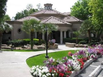 Scottsdale North condo rental - The Clubhouse