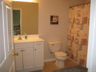 Wildwood Crest condo photo - Large master bathroom