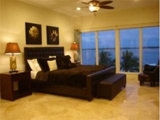 Key Largo house photo - King bedroom with views that will amaze you!