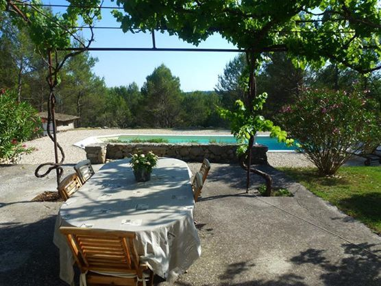 Peaceful house, with terrace , Pierrevert, Provence and Cote d