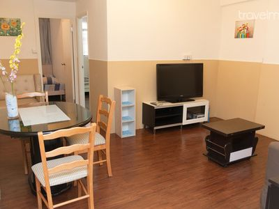 2 Bedroom Apt Near Tin Hau for 6 pp