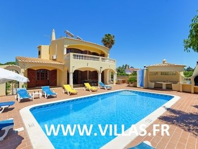 Charming villa with private pool, for 10 people, 30 minutes on foot beach.