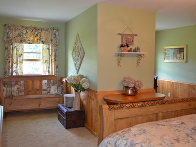 Windham cabin rental - MASTER BEDROOM