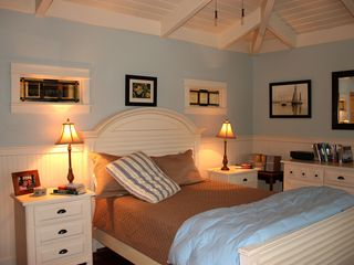 Somers house photo - The Master Bedroom