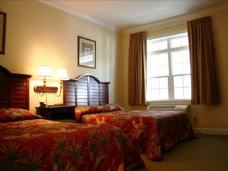 Bedroom - Pawleys Island condo vacation rental photo