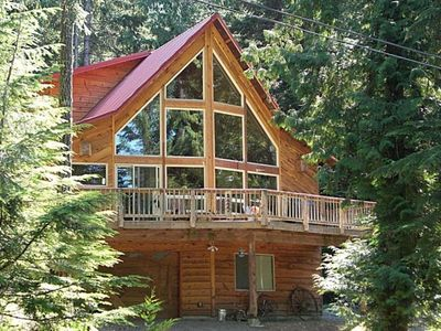 Luxurious custom cabin near mt rainier park vrbo for Rental cabins near mt st helens