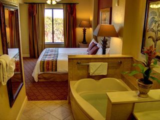 Lake Buena Vista condo photo - Bedroom with Bathroom