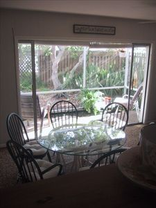 Dining Area and Lanai