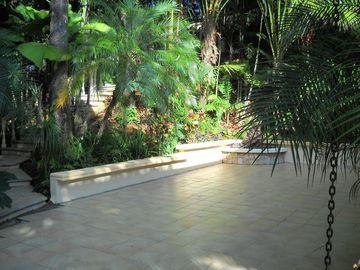 A variety of settings offer the choice of sun or deep shade throughout the day
