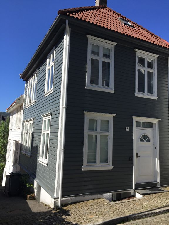 Old Bergen House, City Center, 3 bedrooms