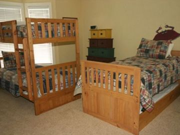 2nd Floor Bedroom 1 Bunkbed and 1 Single with Trundle with Private Bath