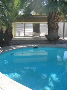 Palm Springs house rental - Pool and covered patio with frosted resin panels