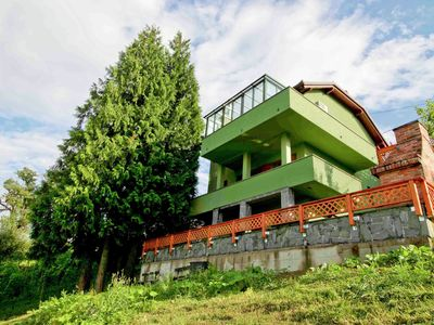 Spacious eco friendly House in the countryside, 15 minutes drive from Zagreb