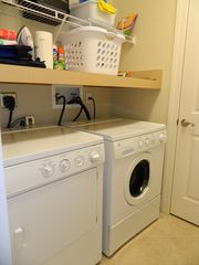 Englewood condo photo - Laundry room