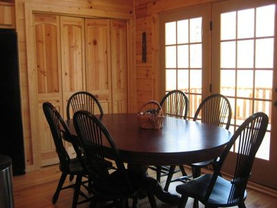 Black Mountain cabin rental - Dining room