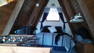 Sugarloaf CABIN Rental Picture