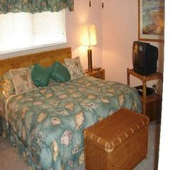 Master Bedroom - Destin condo vacation rental photo