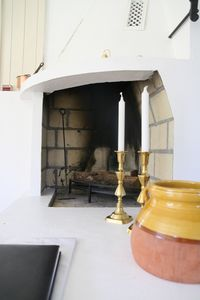 Fireplace in kitchen/diningroom