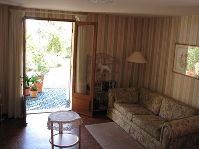 Sarlat la Caneda apartment rental - Lounge and doors to the terrace