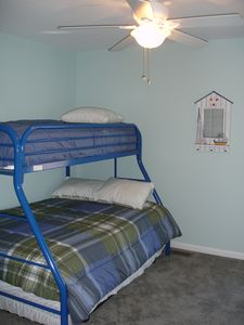 Bunk Beds (full/ twin / trundle) Sleeps 4